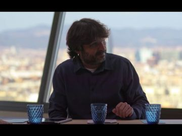 "El halago de Manuel Valls a Ada Colau que Jordi Évole tacha de ""inédito"" en la política española"
