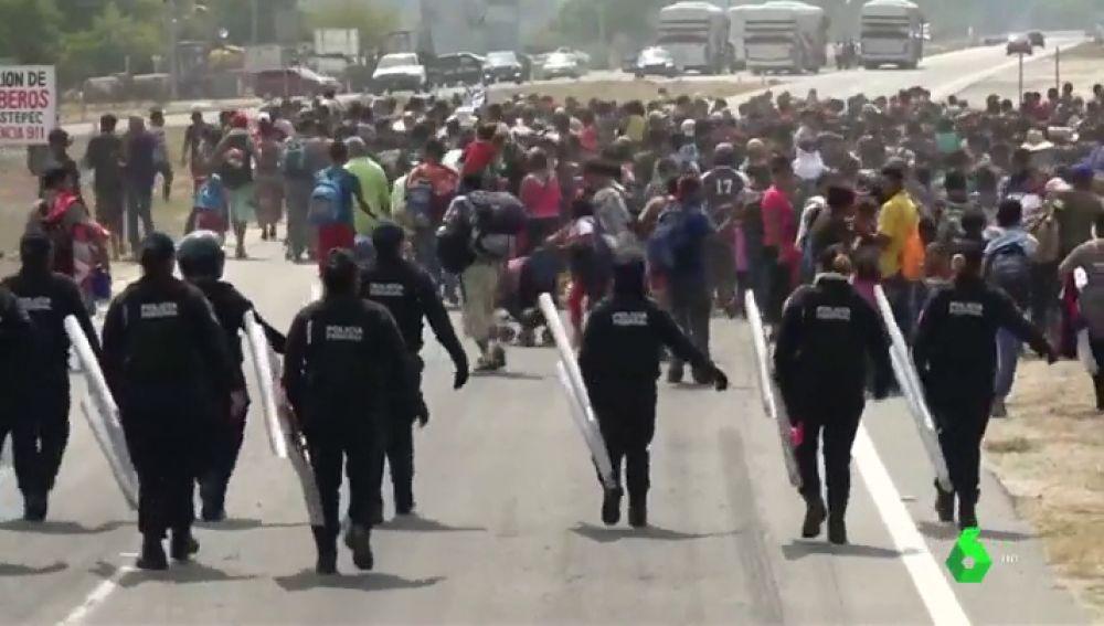 Cerca de 50.000 migrantes se agolpan en la frontera sur de México esperando un visado humanitario que nunca llegará