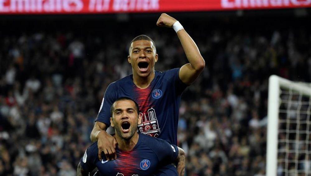 Mbappé celebra el título de la Ligue 1