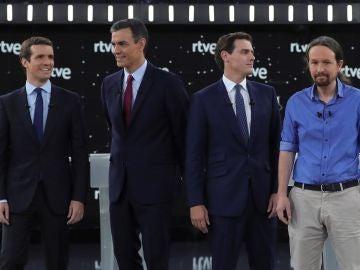 Los candidatos al Gobierno, juntos en el debate electoral de TVE
