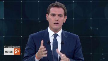 Debate electoral TVE   Las medidas económicas de Albert Rivera: eliminar el impuesto de sucesiones y premiar a los autónomos
