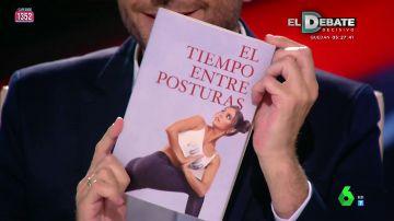 De 'El diario de Anna y Frank' a 'El tiempo entre posturas': Frank Blanco les regala libros personalizados a los zapeadores