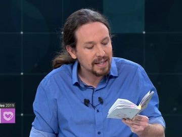 Debate TVE | Los artículos de la Constitución que ha leído Pablo Iglesias en el debate a cuatro