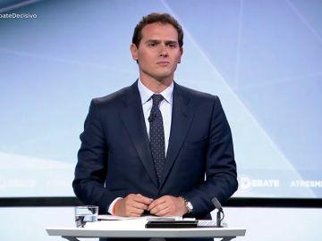 """Albert Rivera: """"Voy a intentar formar un Gobierno constitucionalista, liberal y centrista y le tiendo la mano al PP"""""""