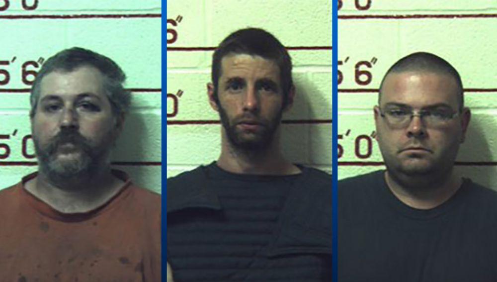 Los tres condenados por abusar sexualmente de varios animales en Pensilvania.