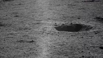 Imagen de la cara oculta de la Luna obtenida por el rover Yutu