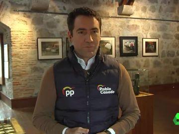Teodoro García Egea con el chaleco el PP
