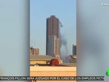El impresionante vídeo en el que la piscina de un rascacielos se convierte en una cascada artificial en el terremoto de Filipinas