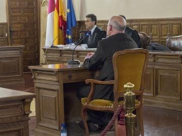 El exprofesor del Conservatorio de música de Cuenca, J.M.M.T