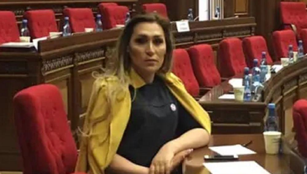 Imagen de Lilit Martirosyan, la primera mujer transgénero registrada en Armenia