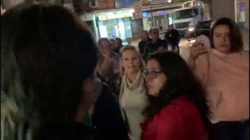 Trifulca y supuestas agresiones entre el PP y el PSOE de Alcorcón en la pegada de carteles