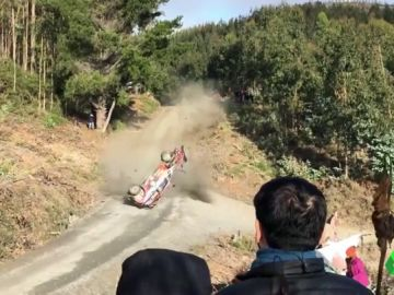 Terrible accidente de Neuville en el rally de Chile: da hasta seis vueltas de campana