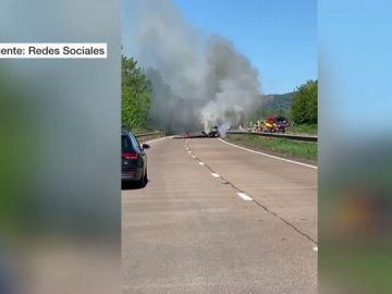 Se estrella una avioneta en Gales tras chocar con un tendido eléctrico