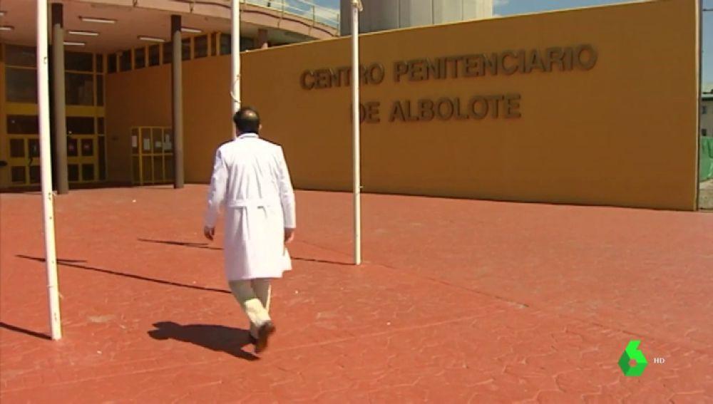 Un médico en un centro penitenciario