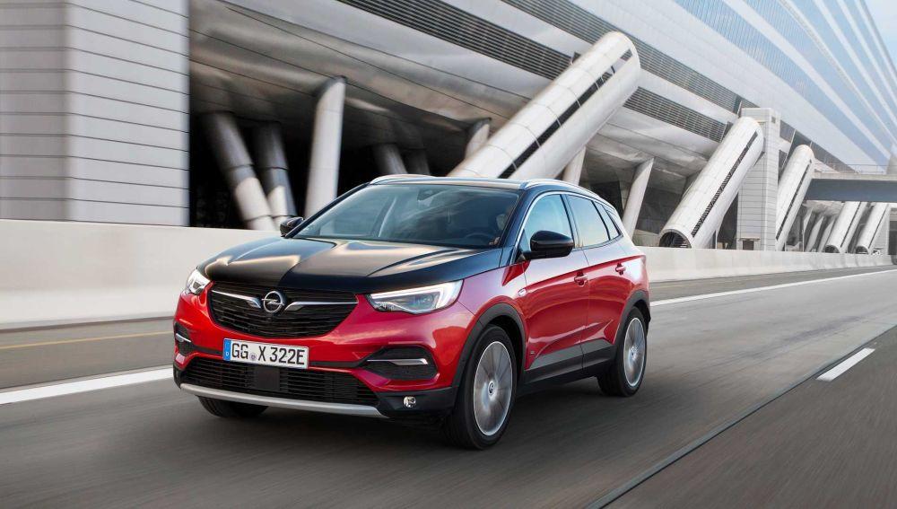 Opel Grandland X Hybrid 4