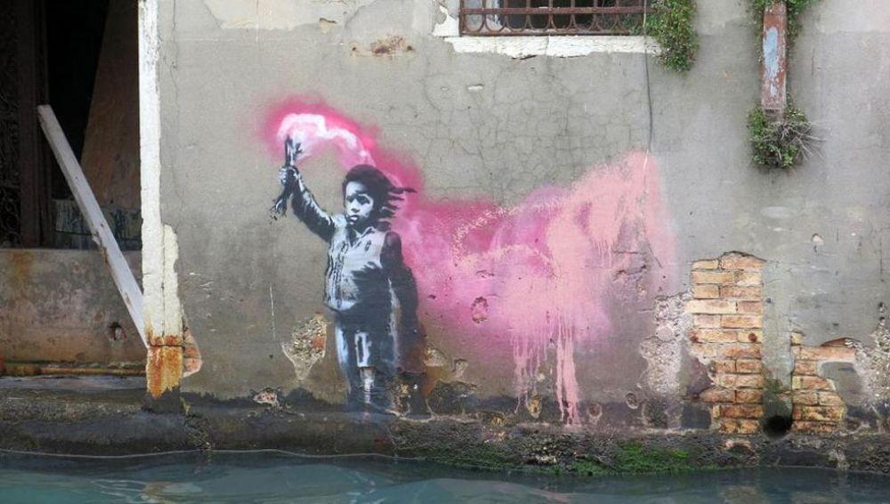La obra que ha aparecido en el Gran Canal de Venecia
