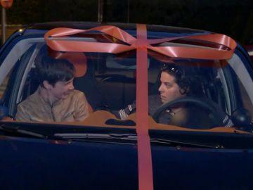 """María alucina con el regalo de su jefa: """"Me parece excesivo, pero me quedo con el coche y mis vacaciones"""""""