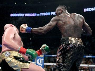 Deontay Wilder, en acción en su combate ante Tyson Fury