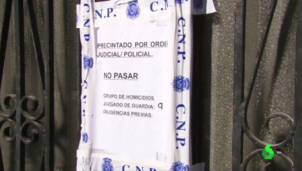 La Policía busca al hijo de 16 años de la mujer que apareció muerta en un arcón en su piso de Palma