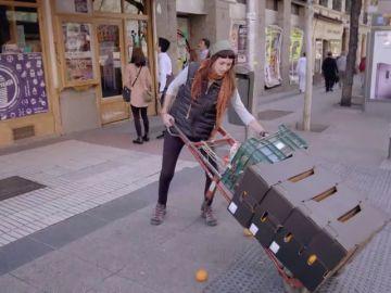 Perdidos en Madrid antes de la primera entrega: la jefa de Juicy Avenue se infiltra como repartidora de almacén