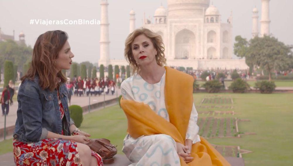 """Ágatha Ruiz de la Prada conoce el Taj Mahal: """"Ojalá todo el mundo pudiera venir aquí"""""""