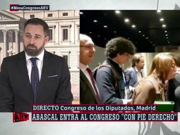 """Abascal valora su encuentro con Iglesias en el ascensor: """"Hay que mantener la cordialidad aunque convoquen alertas antifascistas"""""""