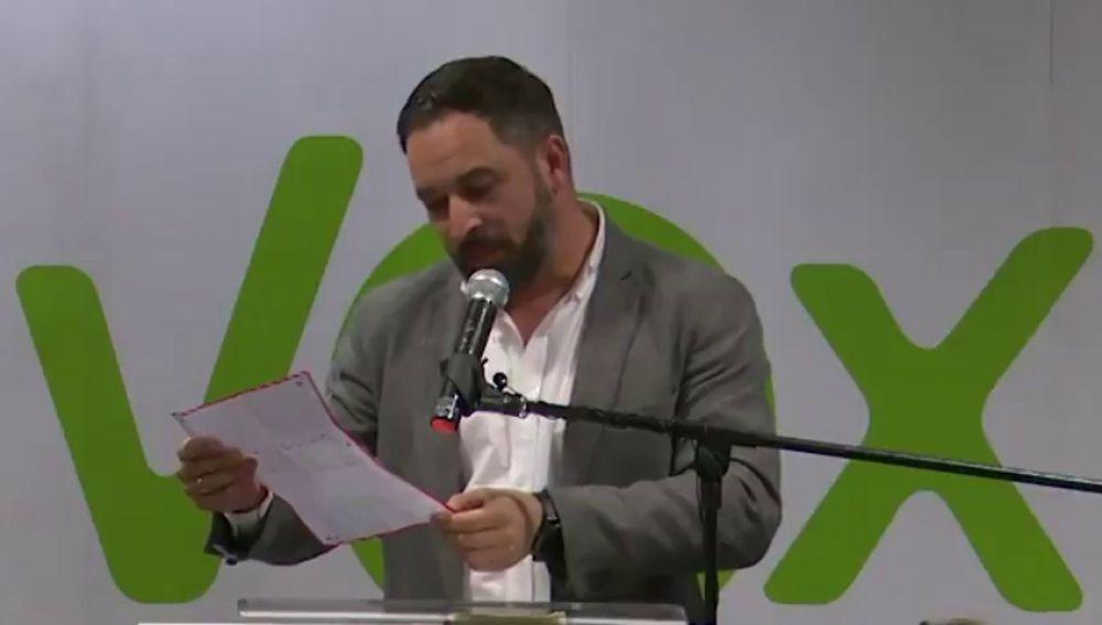 """Santiago Abascal lee la carta a favor de Vox de """"una niña de 12 años"""""""