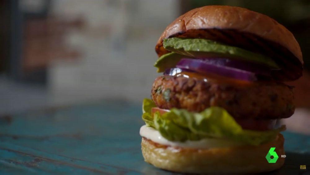 ¿Hamburguesa o 'disco vegano'? La industria cárnica quiere que las hamburguesas veganas dejen de llamarse como tal