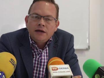 """Un candidato de Podemos arremete contra Pablo Iglesias: """"Coletas, no se te ocurre otra idea que hablar de Amancio Ortega"""""""