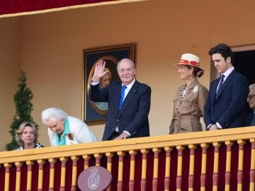 El rey Juan Carlos en una corrida de toros en Aranjuez