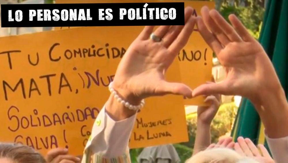Manifestación en recuerdo de Verónica, la mujer que se suicidó tras la difusión de un vídeo sexual suyo.