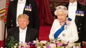 La reina Isabel II y el presidente de los Estados Unidos, Donald Trump