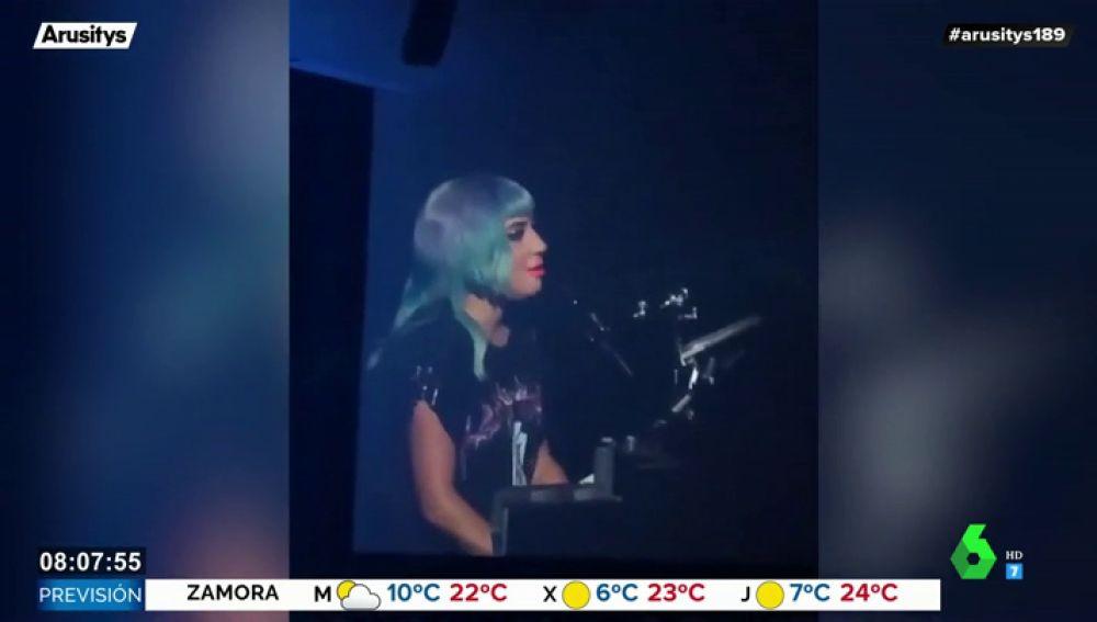 El sorprendente mensaje Lady Gaga en su concierto tras la polémica ruptura de Bradley Cooper e Irina Shayk