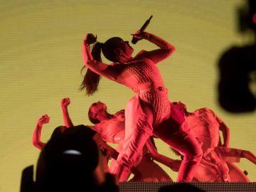 La cantante Rosalía, durante el concierto de la jornada de clausura del Primavera Sound
