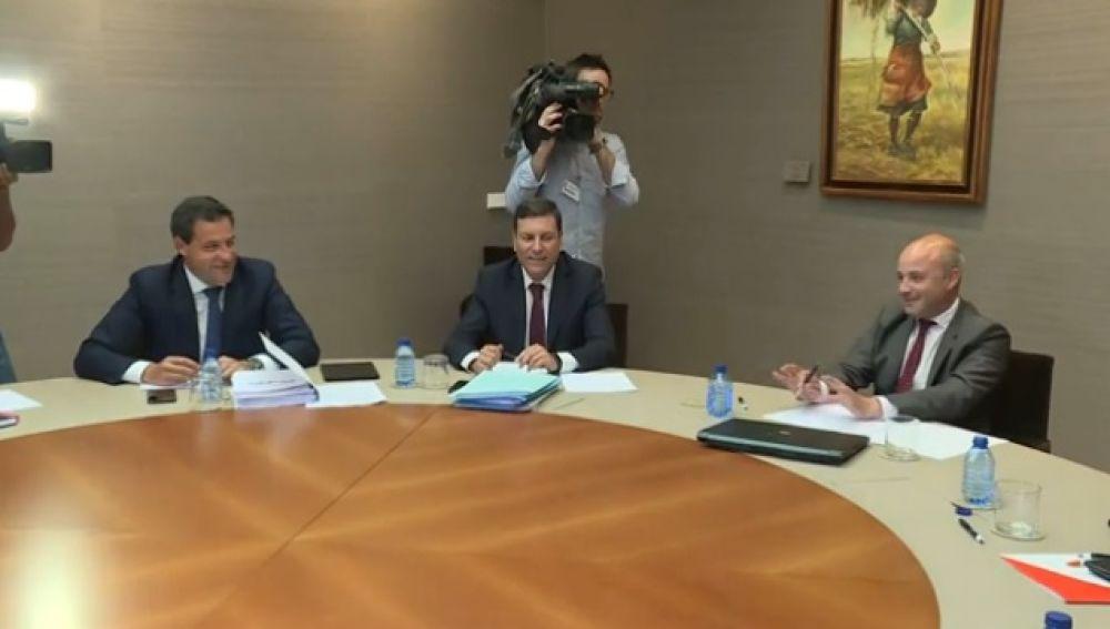 Ciudadanos y PP alcanzan un principio de acuerdo de Gobierno en Castilla y León
