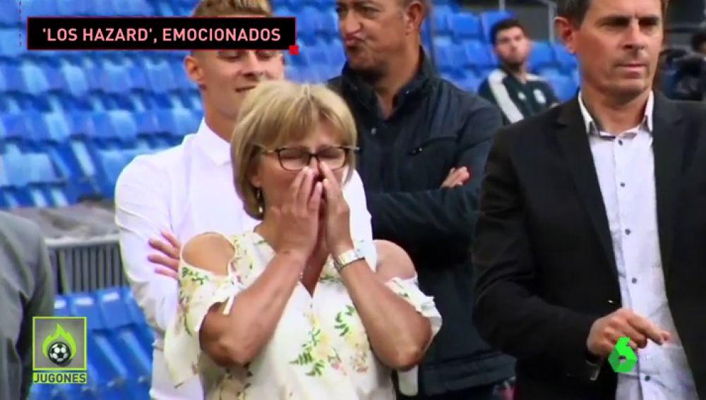 La emoción de la familia de Hazard en su presentación: su madre no pudo contener las lágrimas