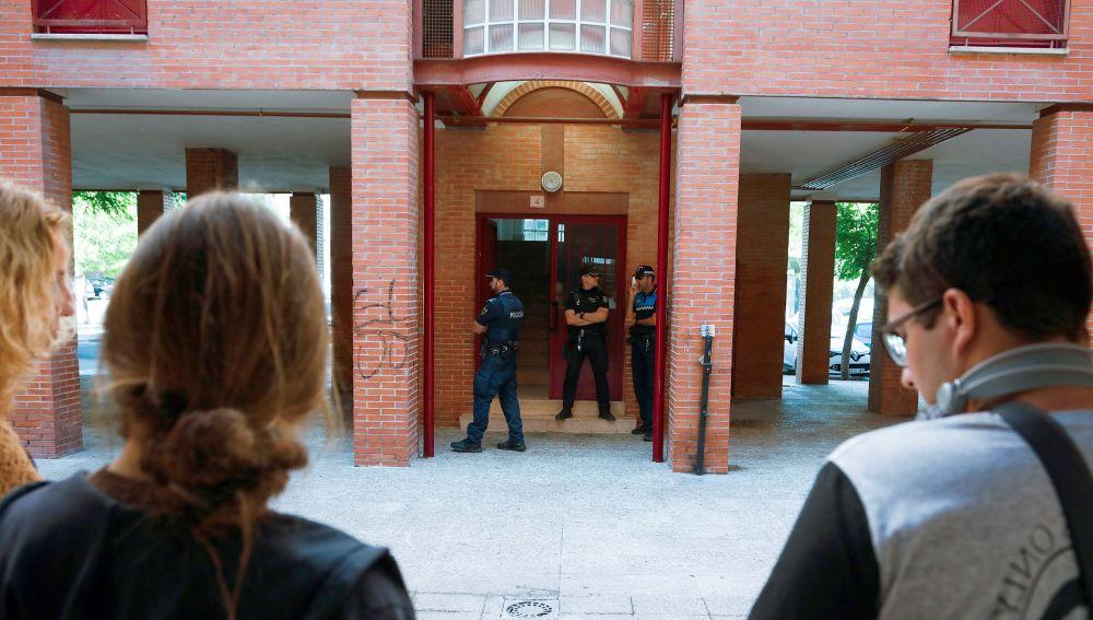Portal donde ocurrió el crimen de Aranjuez