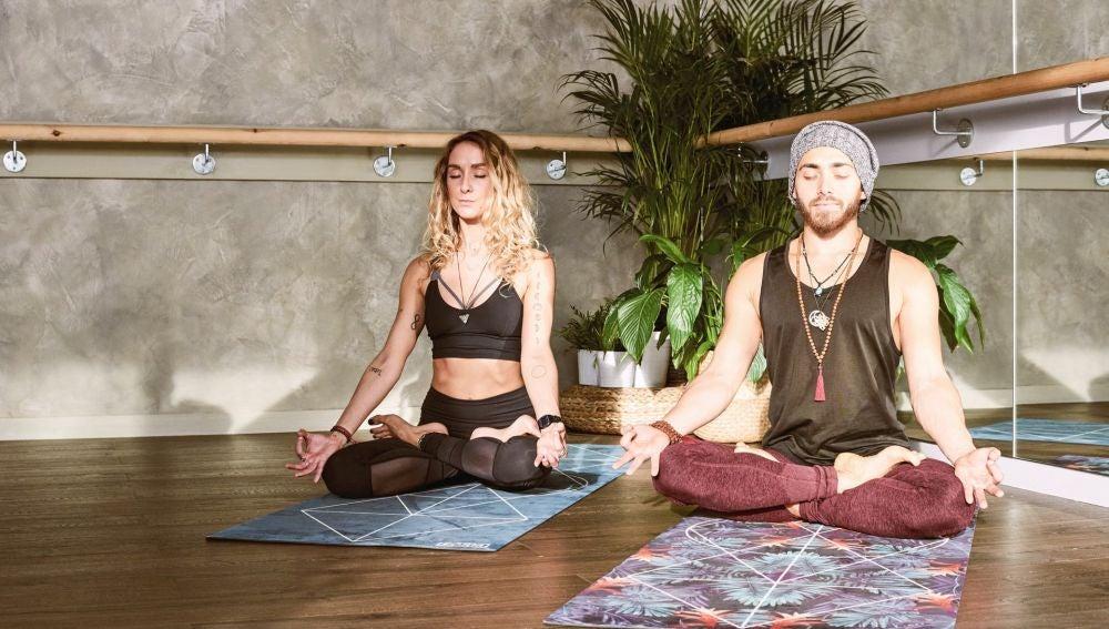 clases-de-yoga-donde-se-consume-cannabis-el-nuevo-mindfulness-que-arrasa-en-los-ángeles