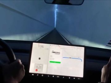 Tesla Model 3 en el túnel de The Boring Company