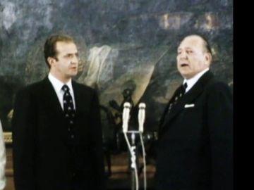 El rey Juan Carlos y su padre, don Juan