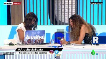 Así pillan a Patricia Benítez y Angie Cárdenas antes de arrancar el programa