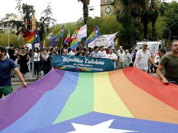 Imagen de archivo de un momento de la manifestación del Orgullo en Barcelona