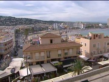 Detenidos dos menores por violar a una joven y grabarlo en Canet de Mar