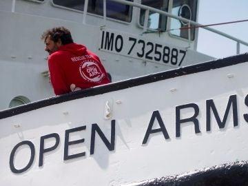 Oscar Camps en el Open Arms