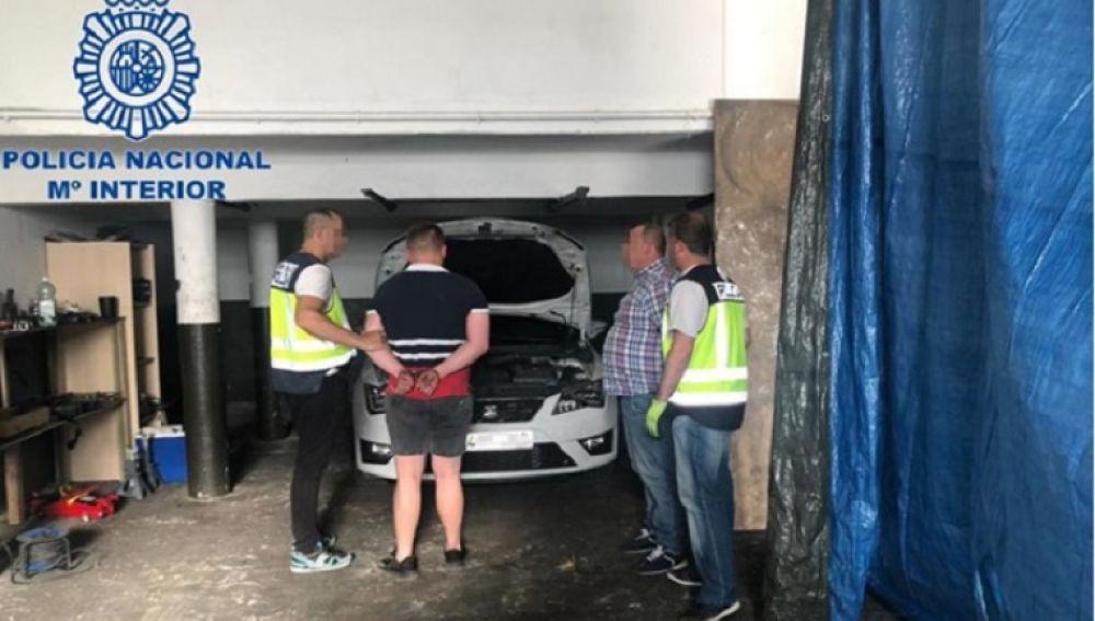La Policía Nacional detiene a un clan familiar que vendía coches robados al extranjero