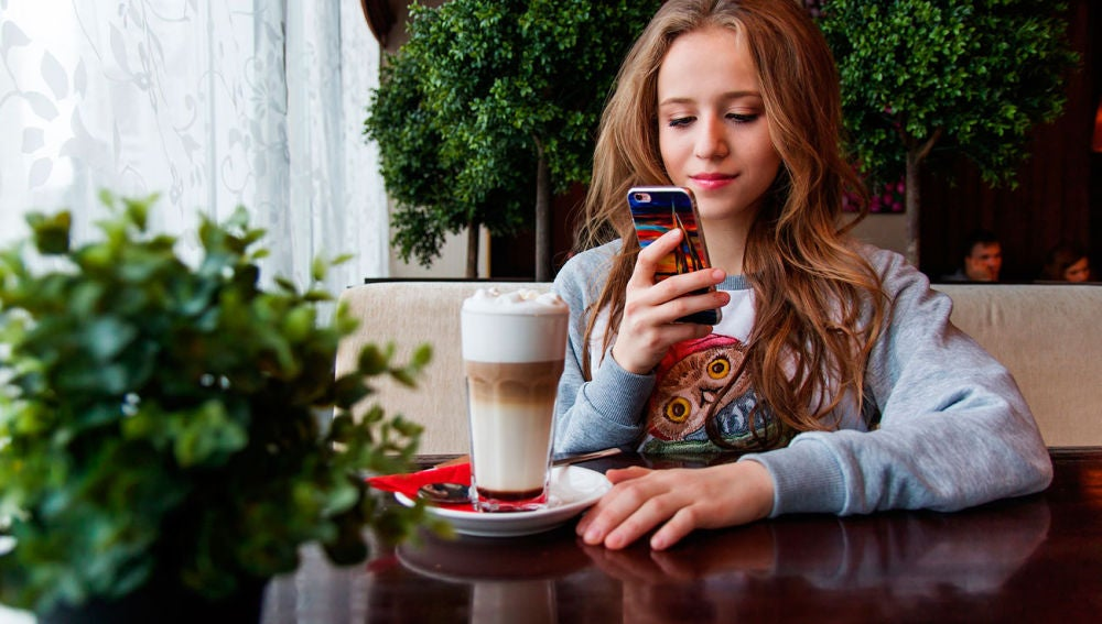 App para pausar tu móvil al dejar de mirarlo