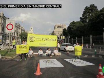 Protestas y atascos en el primer día sin Madrid Central