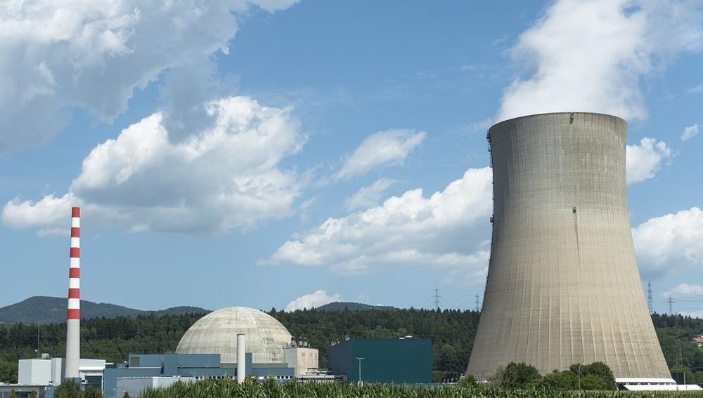 Planta de energía de fisión nuclear