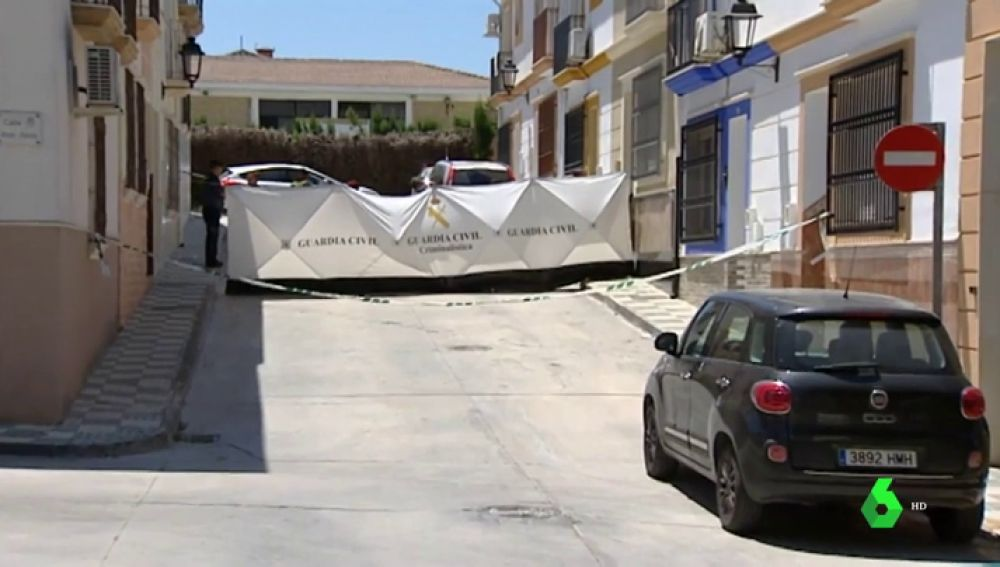 Un hombre mata a su mujer en Rute y se entrega a la Policía en Madrid