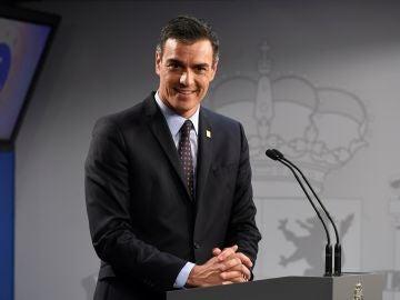 """Sánchez acusa a Rivera de no tener el """"mínimo decoro"""" de reunirse con él-"""